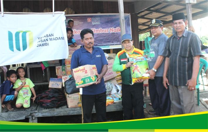 Yayasan Insan Madani berikan bantuan untuk korban kebakaran di simbur naik