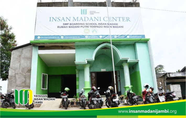 GEDUNG INSAN MADANI CENTER